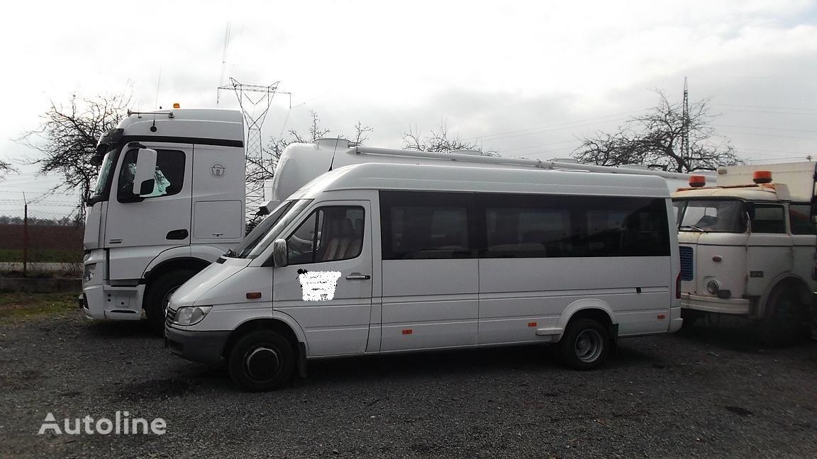 пассажирский микроавтобус MERCEDES-BENZ 416 18+1