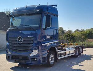 грузовик шасси MERCEDES-BENZ Actros 2545 6X2 BDF