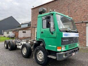 грузовик шасси VOLVO FL10 320