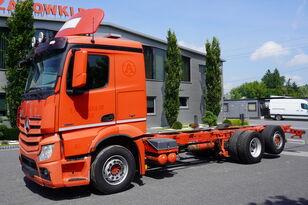 грузовик шасси MERCEDES-BENZ Actros 2551 , E5 , 6X2 , chassis 8.1m , retarder , lift axle , S