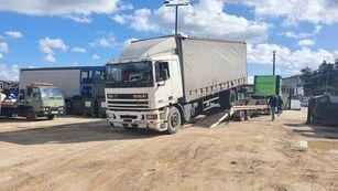 грузовик штора DAF 95 330