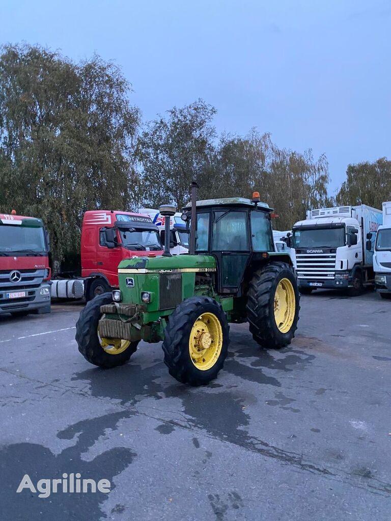 трактор колесный JOHN DEERE 3040